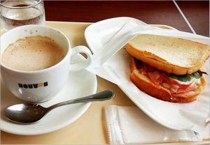 朝カフェの時間